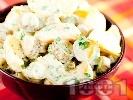 Рецепта Салата от варени картофи, кисели краставички и течна готварска сметана